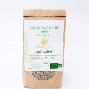 paquet de graine de chanvre entière, a croquer dans une salade ou un musli. faite vous livré chez vous par ohsogreen. vente et livraison en toute sécurité.